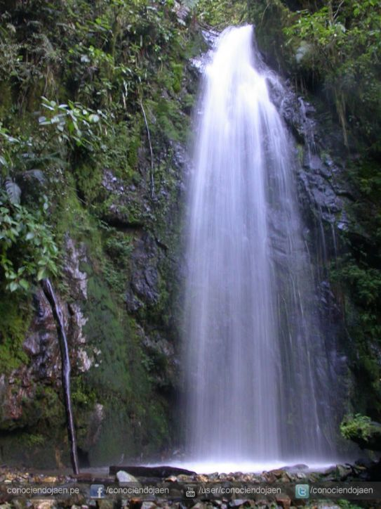 Catarata Velo de Novia - Bosque de Huamantanga