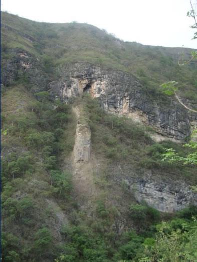 Cueva del Gallo