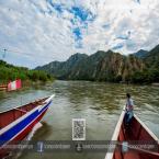 Cruzando el caudaloso río Chinchipe