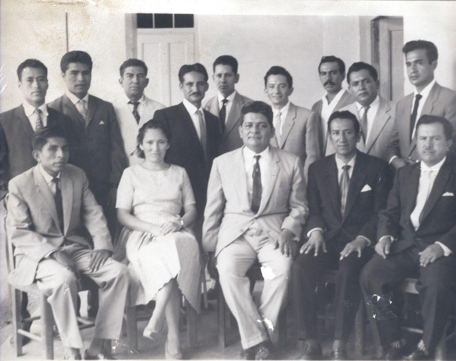 Director el profesor Guillermo Sánchez Chávez